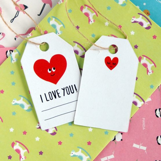 """""""I Love You"""" Gift Tags with Love Heart"""