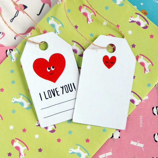 """I Love You"" Gift Tags with Love Heart"