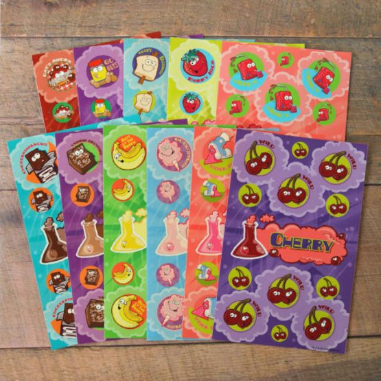 Scratch & sniff sniff multi-pack containing 11 sheets