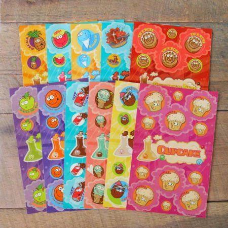 Scratch & sniff sniff multi-pack containing 11 sheets (option 2)